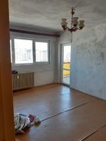 Persoana fizica, vând apartament cu două camere, vis-a-vis de Plaza Romania