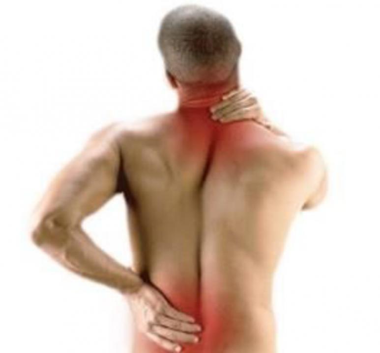 Efectuez servicii masaj ( Relaxare , Terapeutic sau Combinat )
