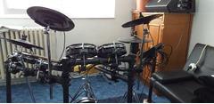 VAND Millenium MPS-850 E-Drums Set - Thomann Romania