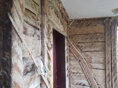 Vindem lemnul dintro casa de 80 ani