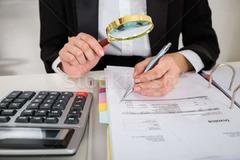 Servicii contabile/Resurse umane/ Registrul comertului/ Autorizatii