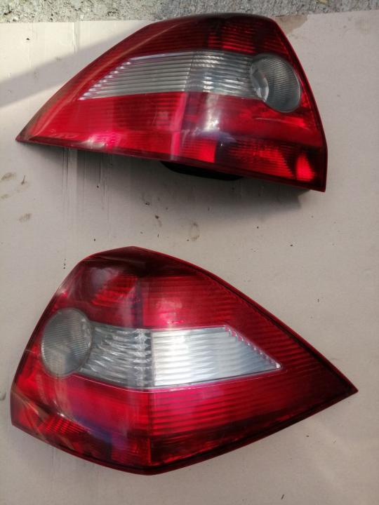 Stopuri renault megane 2 stânga dreapta stop Nissan micra stanga