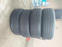 Vand cauciucuri de vara Pirelli pret 299 lei 235/60R18103V