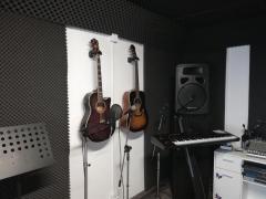 Cursuri de Pian, Chitară, Chitară Bass, Percuție și Canto