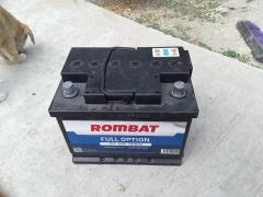 Vand baterie auto