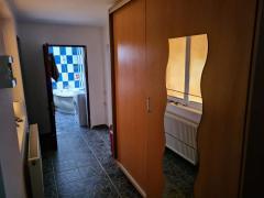 Închiriez apartament 55 mp Apărători patriei