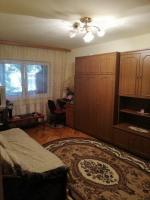Vand apartament 3 camere, parter, Brasov