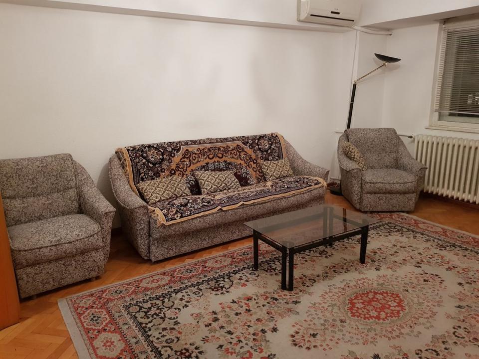 Inchiriere apartament 4 camere zona Unirii