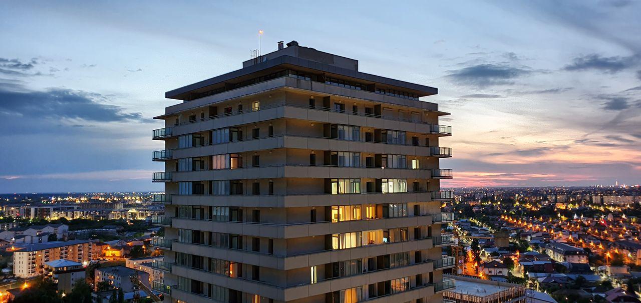 Proprietar vand apartament 2 camere 63 mp metrou Monaco Towers exclus agentie
