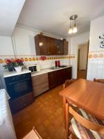 Inchiriez apartament 3 camere ultracentral Piata Constitutiei (Unirii fantani)