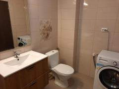 Pf inchiriez apartament cu 2 camere decomandat