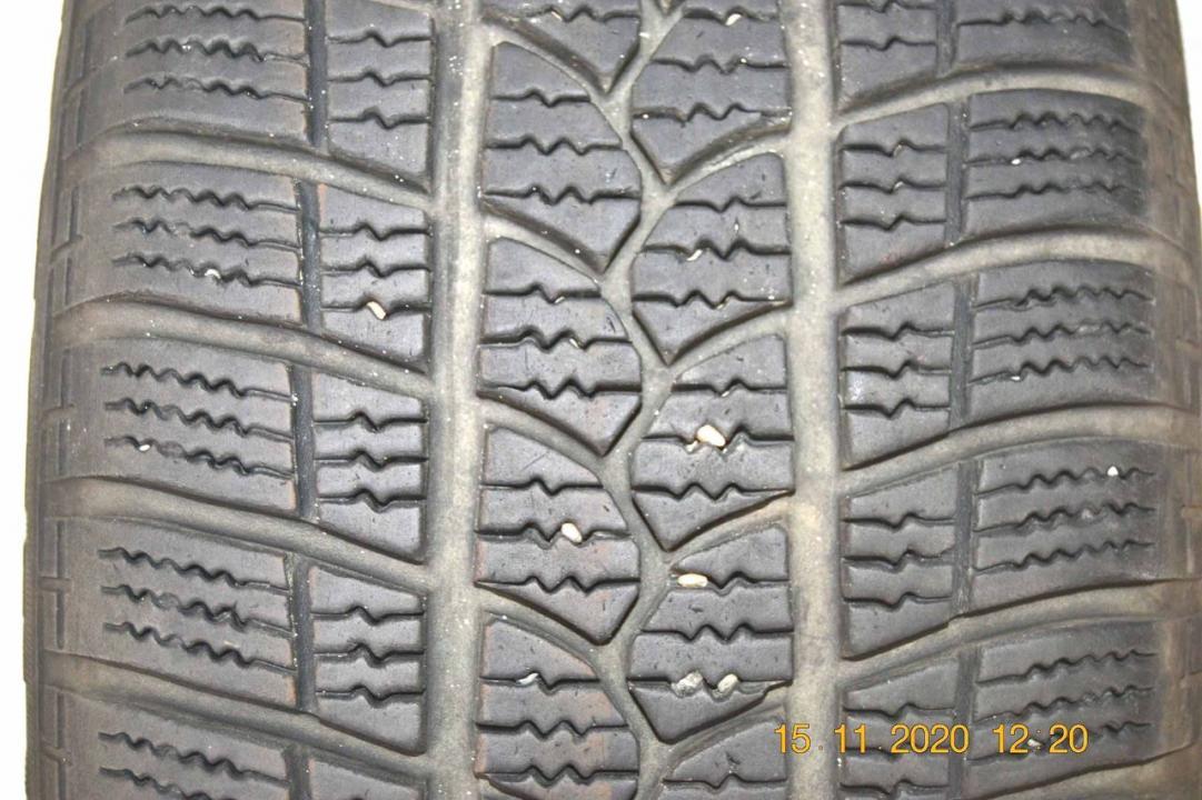 Vand 4 anvelope de iarna TIGAR - licenta Michelin- 215/55/16, foarte putin rulate