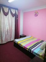 Apartament de închiriat 2 camere chiria o lună garanția in 2 tranșe.