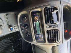 Renault Clio 750 euro usor negociabil   2001 înmatriculata acte la zi ..