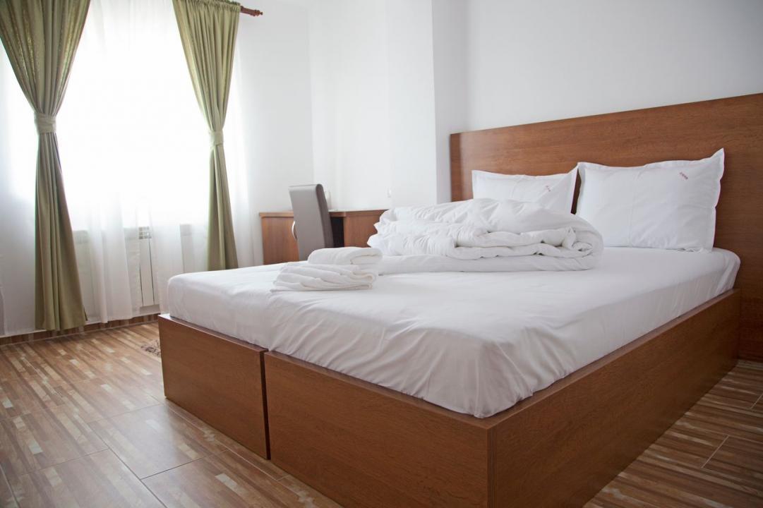 REGIM HOTELIER - SECTOR 4 , OLTENITEI