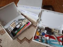 carcase  din plastic  pt  depozitat  obiecte  marunte