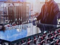 Operator productie masini cu comanda numerica- debitare geam termoizolant