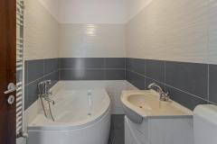 Apartament 2 camere, decomandat, spatios, Popesti-Leordeni