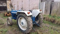 Vand tractor Ford 3000