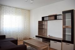 Proprietar vand apartament 3 camere, etaj 1, in Ploiesti, zona Democratiei