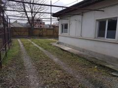 Casă cu teren si garaj de vânzare, 900mp, Bucuresti, Sector 4