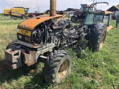 Lichidator judiciar vand Tractor Renault 325