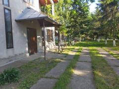 Casa +livadă +fabrica de ulei (6400mp),Fierbinti-Targ, 15 km de București