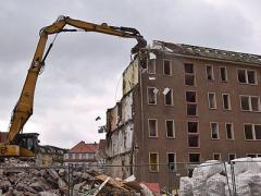 Demolari,sapaturi,excavatii-utilaje de inchiriat