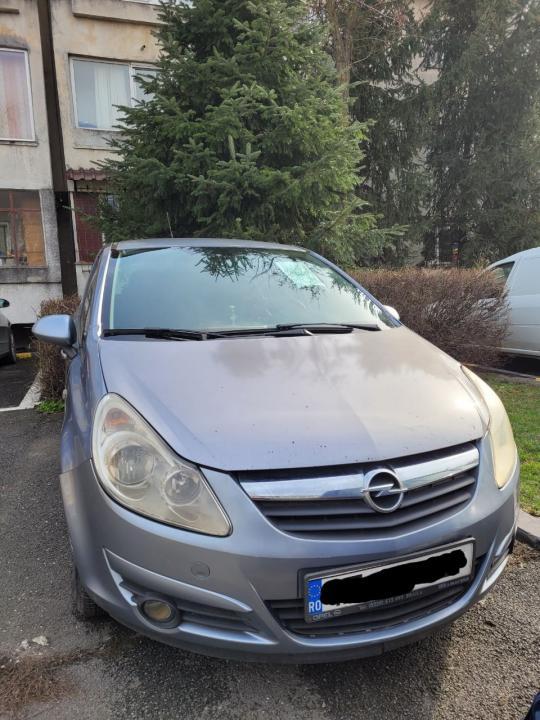 Opel corsa 1.3 2008