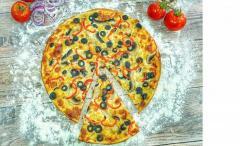 Angajam pizzar, personal bucatarie si livrator pizza