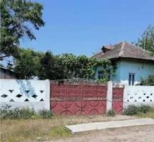 Casa la țară cu grădină și solar