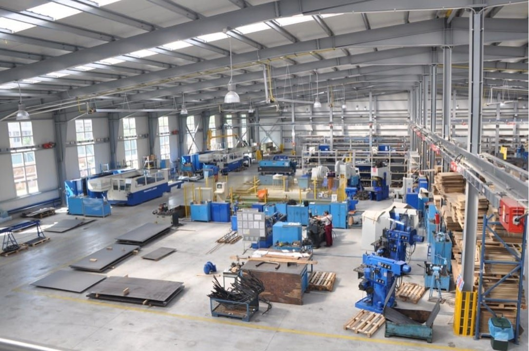 Angajam Operatori productie in 2 schimburi