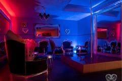 Fete -club de noapte+Casa privata Germania