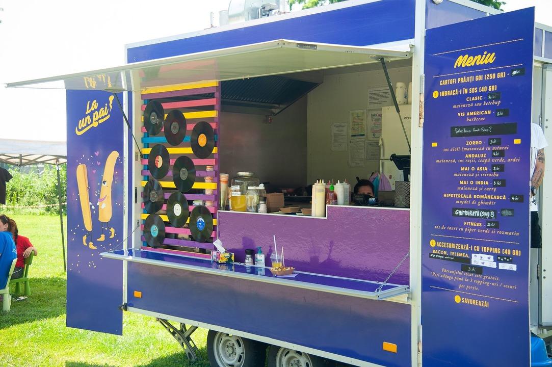 Rulota Food truck vanzare