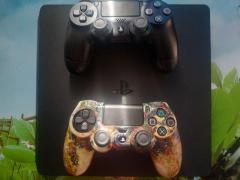 Vând consolă PlayStation 4 slim 500 gb ,, Urgent