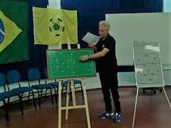 Formez si antrenez jucatori si echipa FOTBAL FUTSAL U8-U18