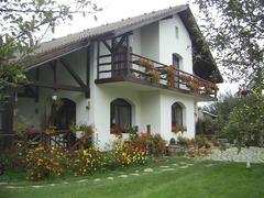Pensiune AgroTuristica de 4* in Cartisoara, Sibiu, angajeaza 2 persoane (poate fi si cuplu)