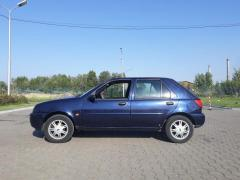 Vand Ford Fiesta anul 2000