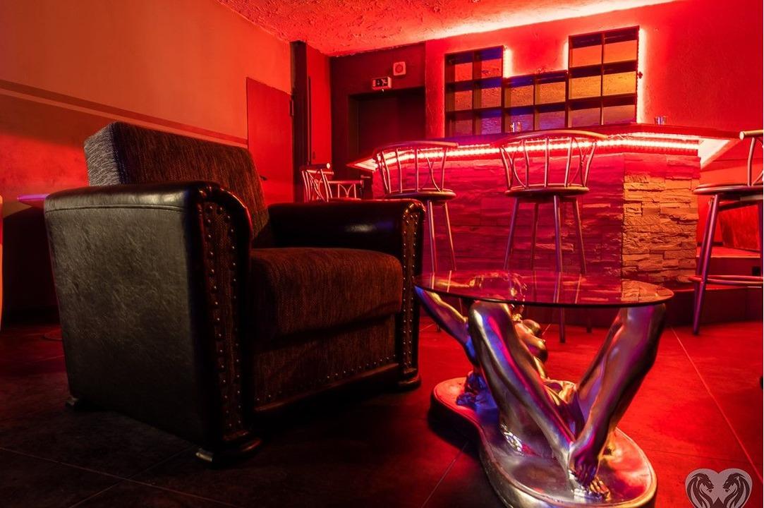 Fete Casa privata+Night club Germania