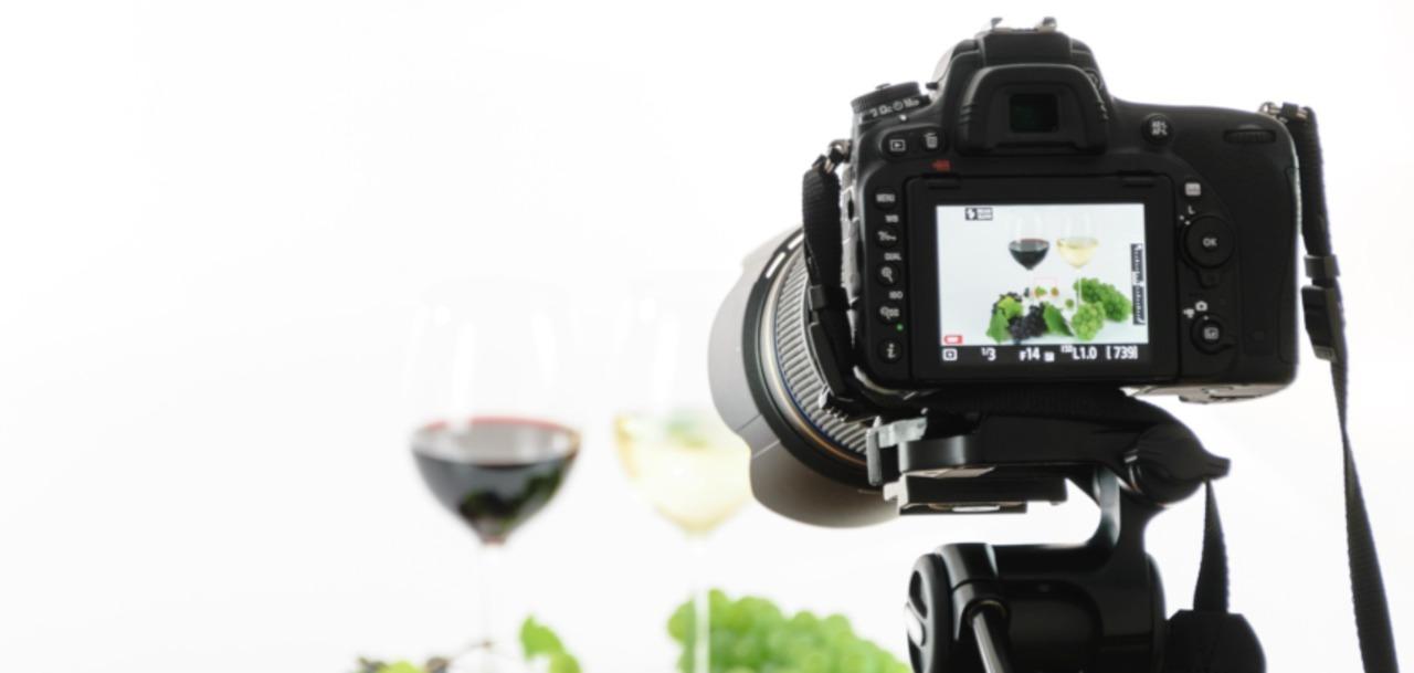 Fotograf/Videograf profesionist ofer servicii la cele mai bune preturi din tara