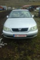 Vând Opel omega