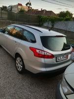 Vând Ford Focus Titanium Euro 5